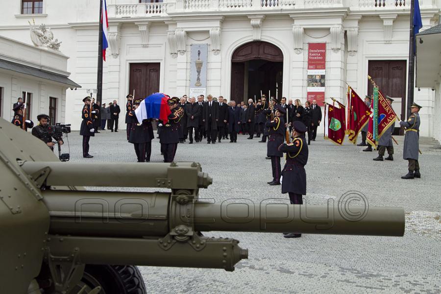 fa9ae788d Prvý štátny pohreb na Slovensku | Slovenské pohrebníctvo